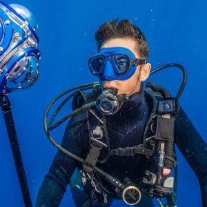 Lukas Mueller Waterman Haie Forscher Taucher Speaker Freediver Freitaucher Weißer Hai Expedition Freediving Haiforscher Haiforschung Naturschützer Shark Scientist Shark Diver